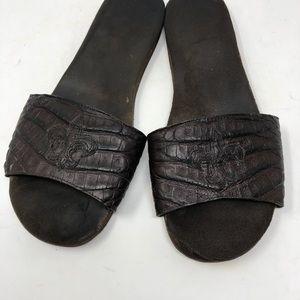 3de810cb56a Shoes - Alligator Fluer-de-lis Design Slippers